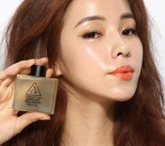 护肤油和化妆水