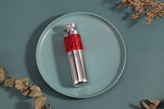 珀莱雅红宝石精华